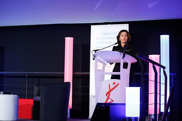 Pascale Mathieu a ouvert le colloque en présentant l'accès direct comme une des réponses à un accès amélioré aux soins de kinésithérapie